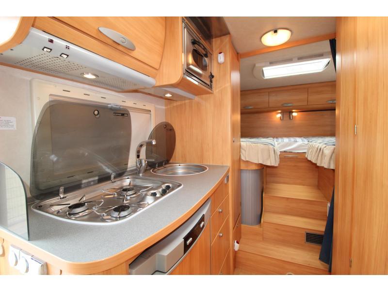 Adria Coral 660 SL Enkele bedden XXL garage