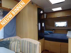 LMC Cello 440 DD Mover Dwarsbed Zit Tent