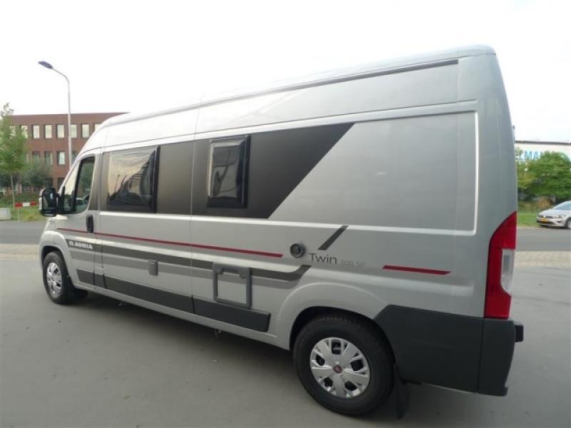 Adria Twin 600 SP Buscamper