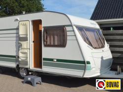 Chateau Calista 450 FHU Incl. mover en voortent !