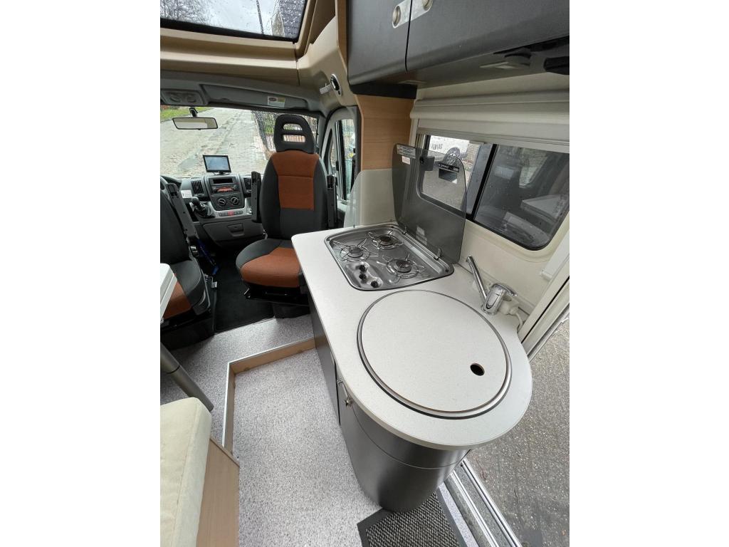 Knaus Van TI 600 Enkele Bedden Garage 2009