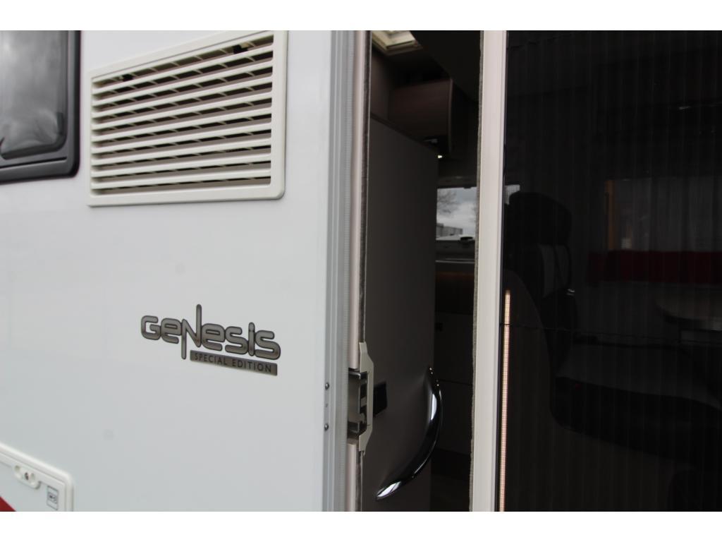 Challenger Genesis 288 EB Queensbed + Hefbed