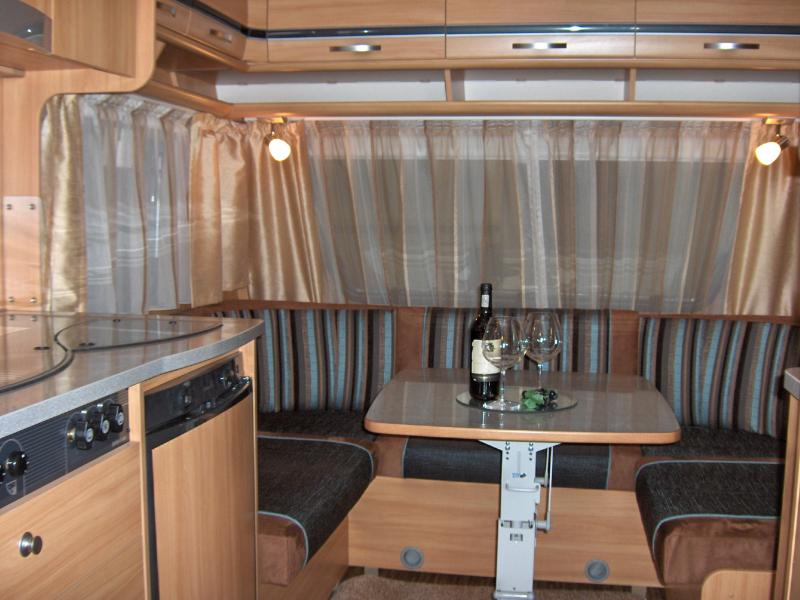 Dethleffs Camper 450 DB