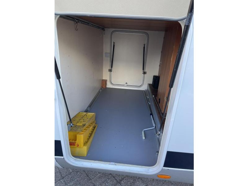 Hobby Van Exclusive 650 Enkele Bedden Garage 2013