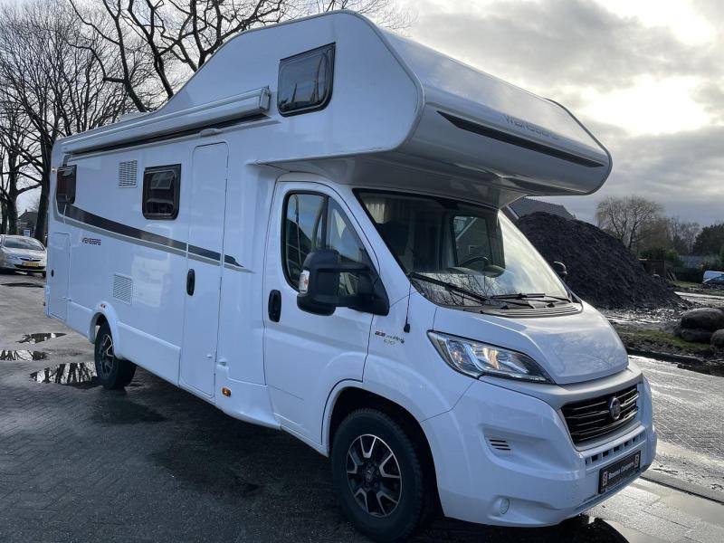 Weinsberg CaraHome 700 DG Alkoof Garage Airco 2018