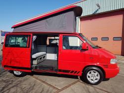 Volkswagen T4 California  Syncro rood