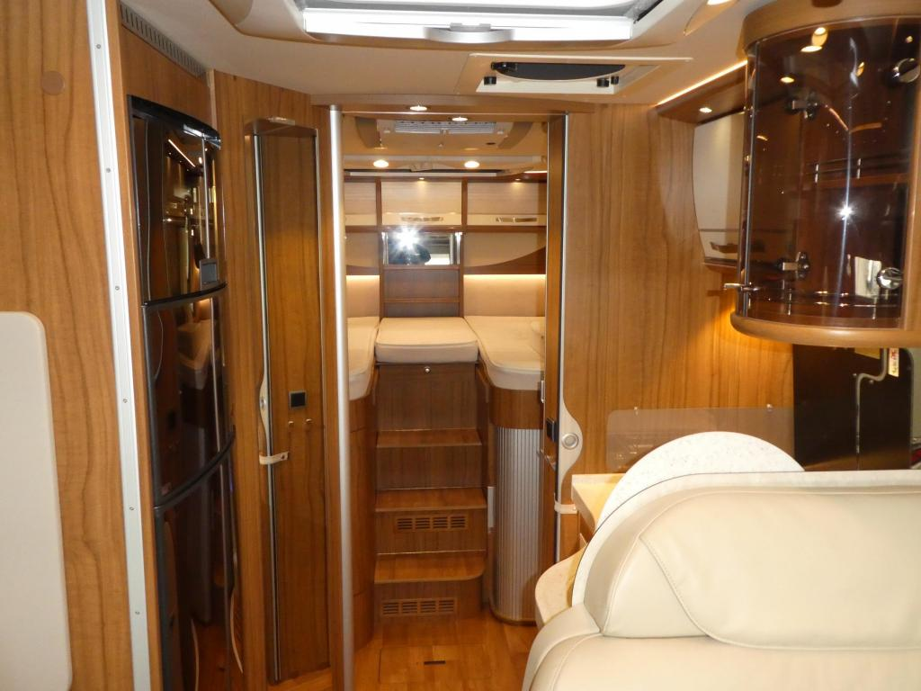 Hymer B678  AUTOMAAT/LEVEL/LUCHTV.!!!