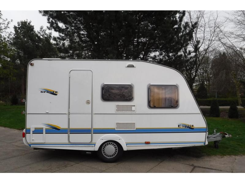 Sprite Esprit 400 T 2x zit / bed  mover breed - 2003