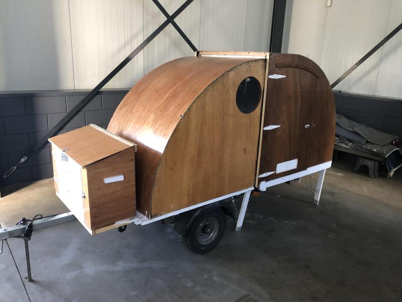 Diversen mini of trike caravan