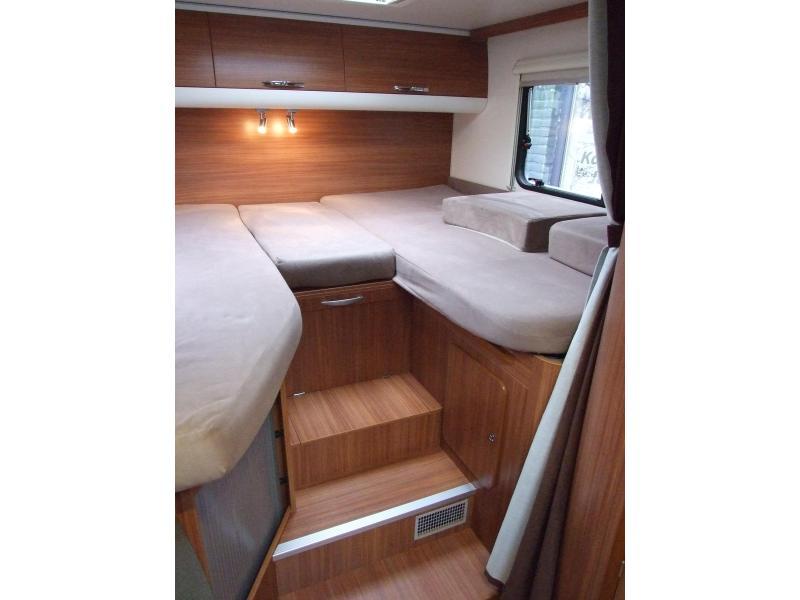 Adria Sport 572 SL ENKELE BEDDEN - 660 CM