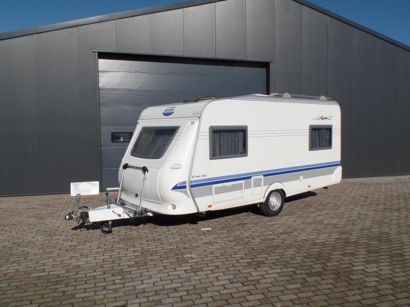 Hobby De luxe Easy 450 UF MultiNova vt, 2x fietsrek