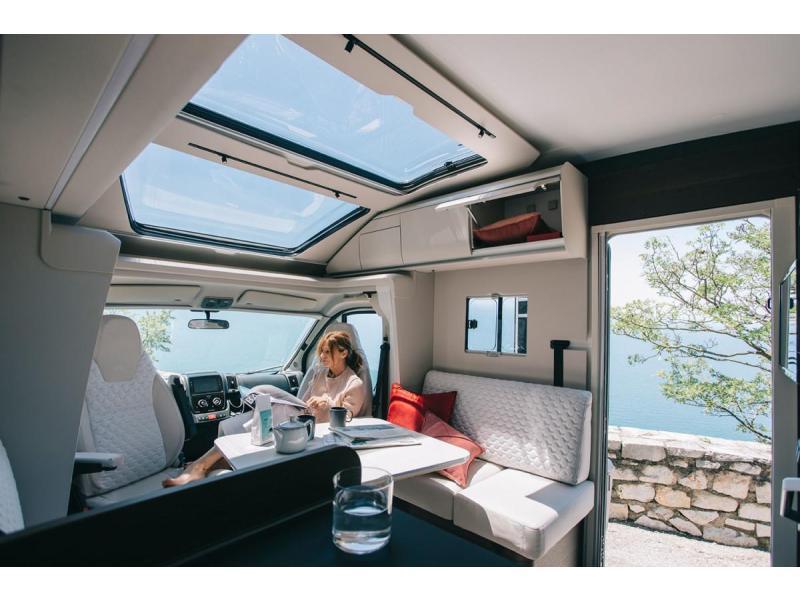 Adria Coral Plus 670 DL automaat + dubbele airco. - 2021