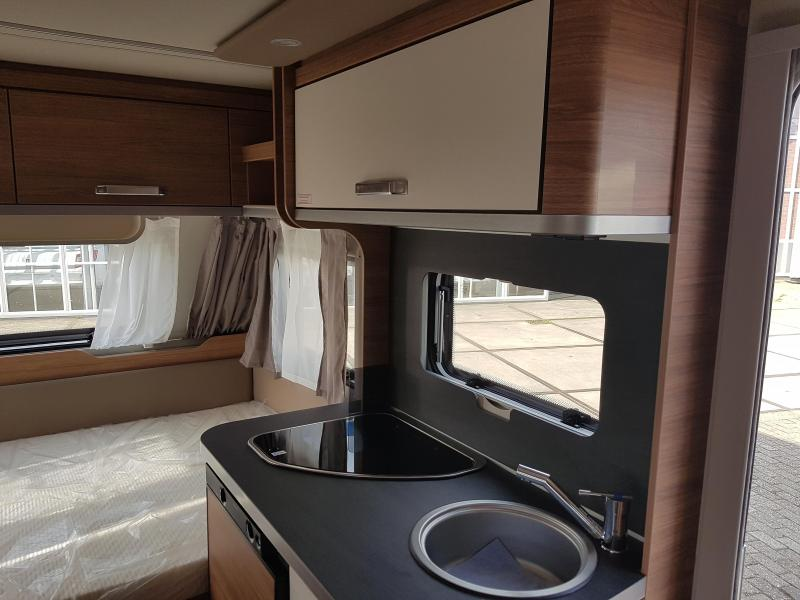 Weinsberg CaraOne Edition HOT 390 QD Model 2021