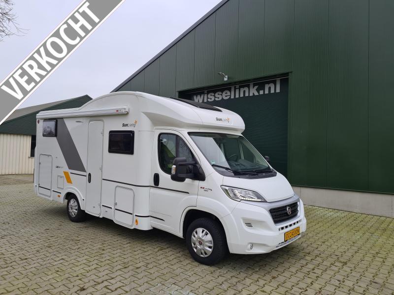 Adria Sun Living 45 4 pers 6200 km nieuwstaat