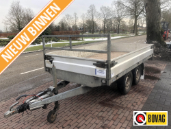Hapert plateauwagen tandemasser