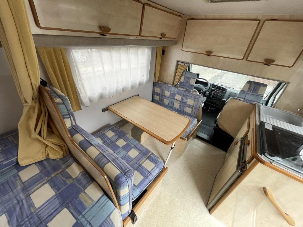 Autostar Auros 590 T Compact Vast Bed 2001