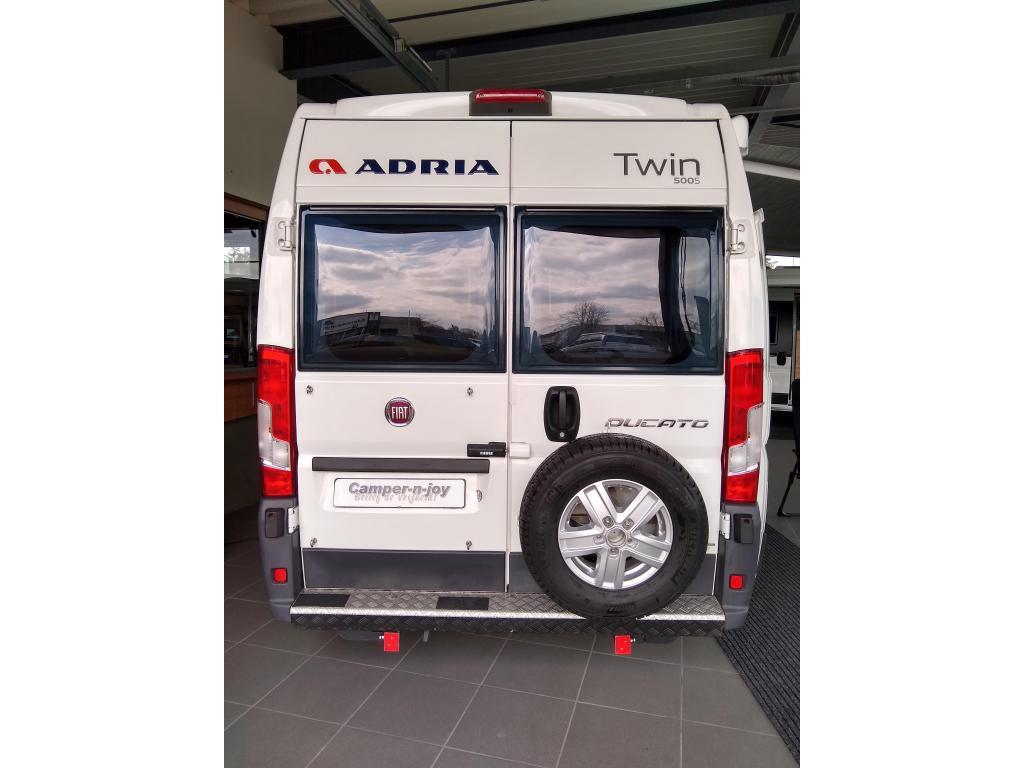 Adria Twin