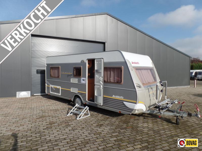 Dethleffs Camper Lifestyle 510 V Enkele bedden,mover,tent