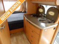 Hobby De Luxe 450 UF Mover Dwarsbed Zit Tent