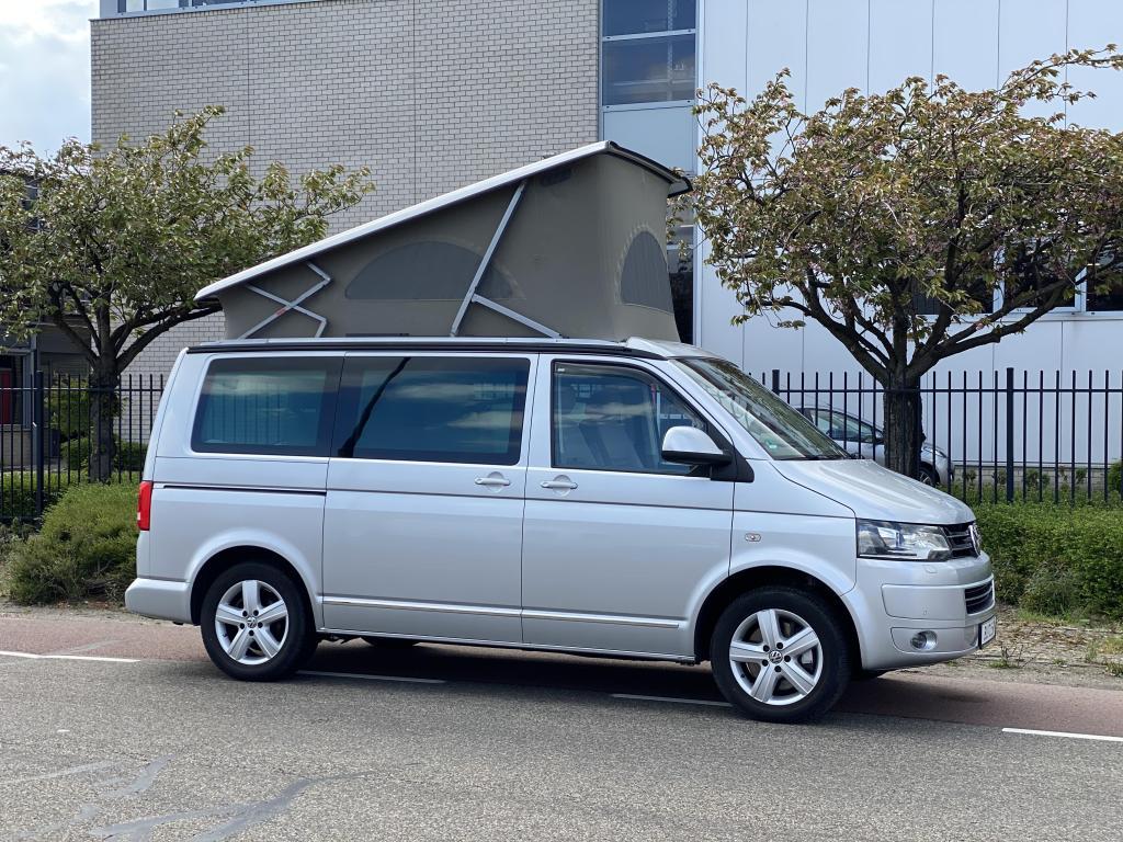 Volkswagen T5 california