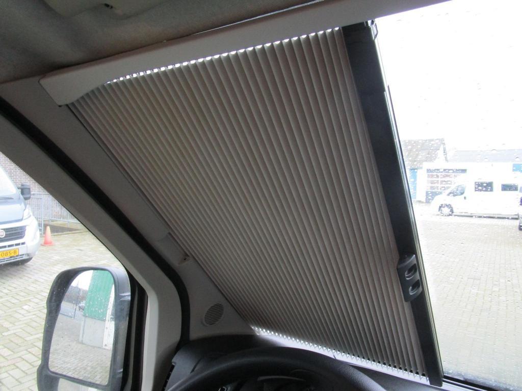 Pössl Roadcruiser  Lengtebed automaat, 180pk