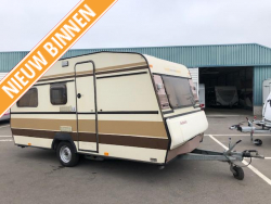 Dethleffs Rally Nomad 420 +voortent +stapelbed