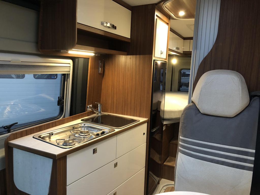 Pössl Globecar 640 Campscout- LENGTE BEDDEN