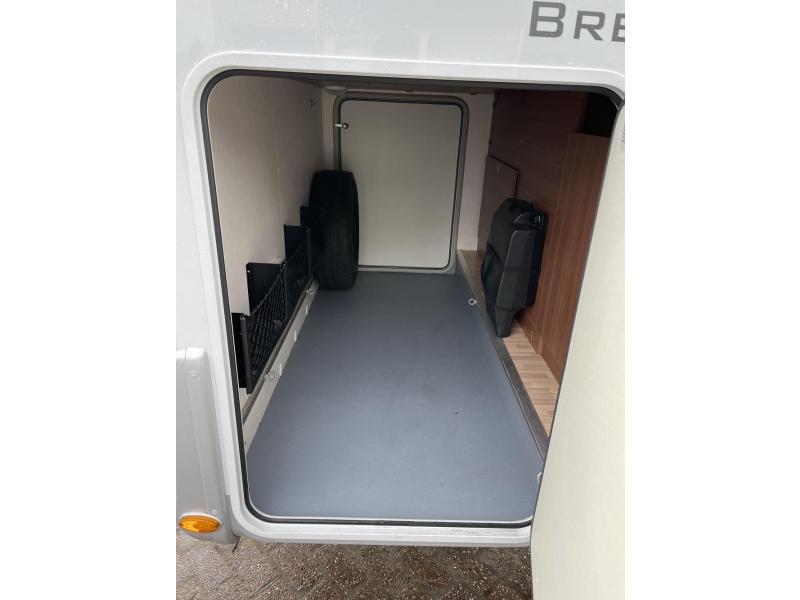 LMC Breezer 674 Sportline Enkele Bedden