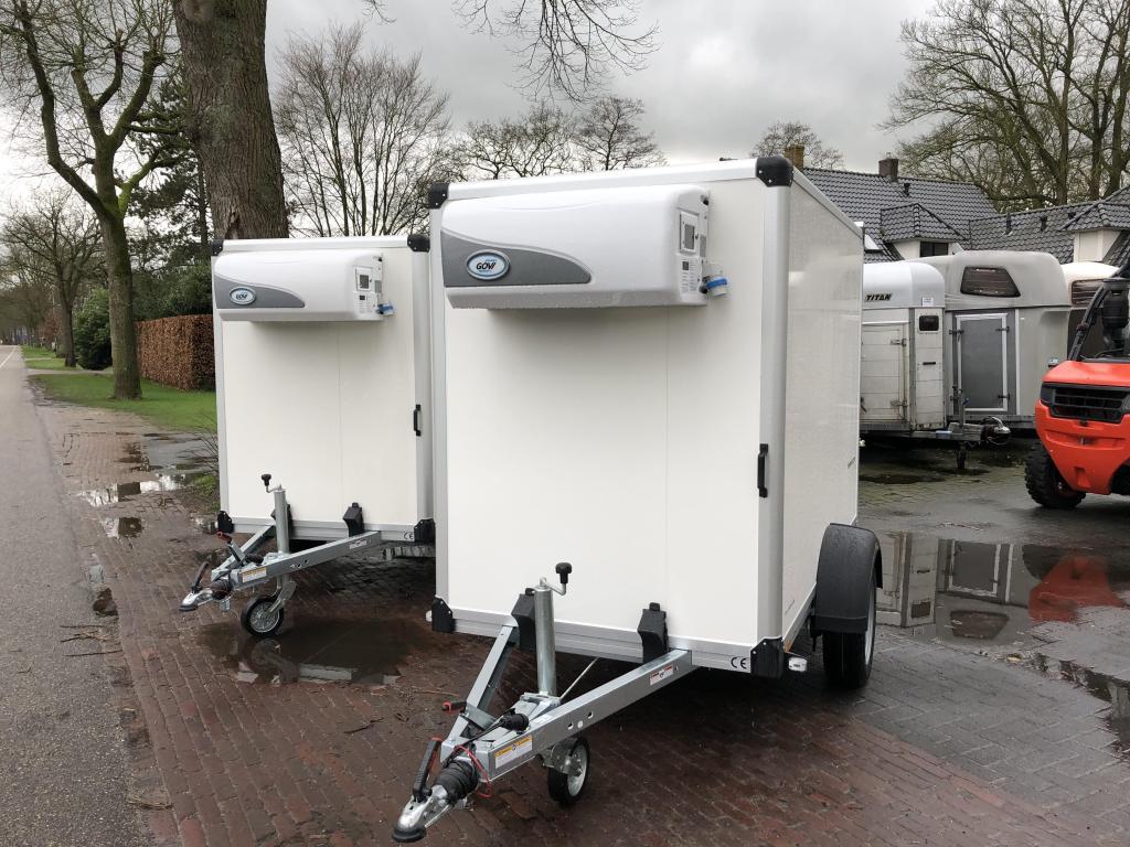 Humbaur Enkelas koelwagen
